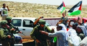 إصابة عشرات الفلسطينيين باقتحام مستوطنين مقام يوسف بنابلس