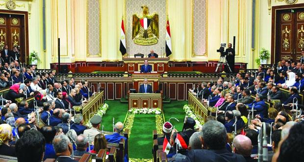 الرئيس المصري يؤكد حرصه على إقامة علاقات متوازنة مع الدول الأخرى