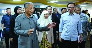 """أنور إبراهيم يتهم أستراليا """"بالتواطؤ"""" في الفساد في ماليزيا"""