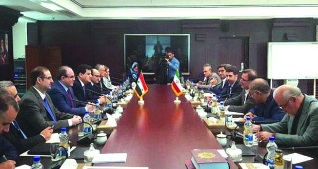 دمشق وطهران تبحثان تطوير آليات التعاون الاقتصادي