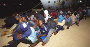 قضية الهجرة تعود للأضواء مجددا