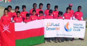 فريق عُمانتل للبحّارة الناشئين يقدم مستويات وقدرات عالية في البطولة الآسيوية بجاكرتا