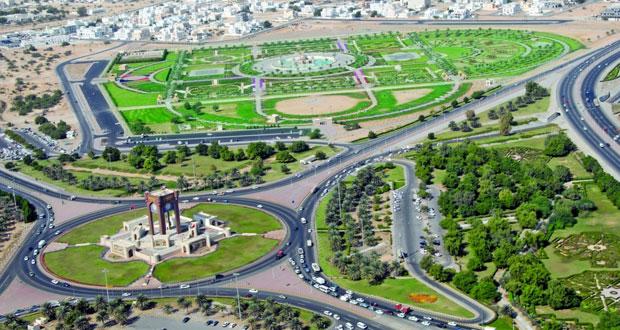 متنزهات وشواطئ مسقط تشهد إقبالا جيدا في ثالث أيام العيد رغم الحرارة المرتفعة نهارا