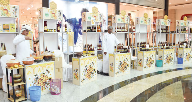 افتتاح النسخة العاشرة لسوق العسل العماني