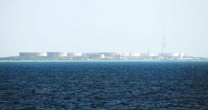 نفط عُمان ينخفض 53 سنتا وأسعار النفط تواصل خسائرها للجلسة الثانية