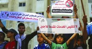 الفلسطينيون يستنفرون في الخان الأحمر والاحتلال يهدد بهدم مزيد من المنازل