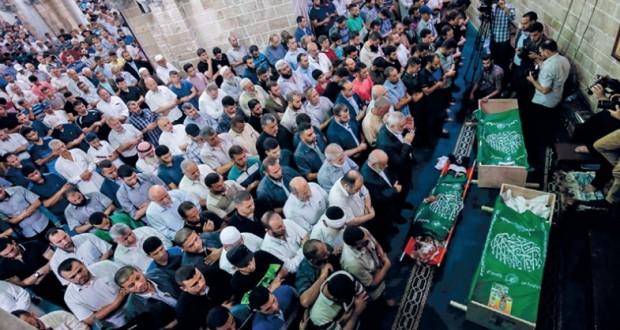 عقب استشهاد 3 من عناصرها بقصف إسرائيلي .. حماس تتعهد بالثأر وتعلن حالة الاستنفار القصوى