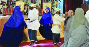 مركز عمان للموسيقى التقليدية ينظم احتفالية موسيقية بيوم النهضة المباركة بصلالة