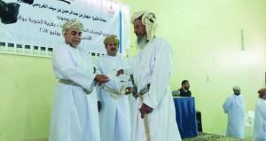 توزيع 30 وحدة سكنية على مستحقيها بقرية الجوبة في محوت