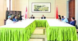 """السفير الصيني بالسلطنة : السلطنة تشارك في مشاريع بناء """"الحزام والطريق"""" وتقوم بالمواءمة بين """"المبادرة والخطة الخمسية التاسعة"""" و""""رؤية 2040″"""