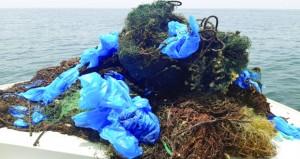 """""""البيئة"""" تستكمل مبادرة """"بحار نظيفة"""" بجزيرة الفحل وبندر الخيران"""