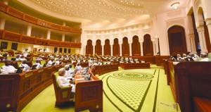 أمين عام مجلس الشورى : يوم النهضة مرحلة فارقة في حياة العمانيين جعل من الشورى ركيزة أساسية في صنع القرار