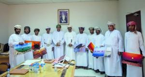 تكريم المشاركين في إنجاح مشروع مراقبة الثروات البحرية بجزيرة مصيرة