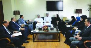 وفد من الخدمة المدنية يطلع على تجربة ديوان الخدمة المدنية بالأردن