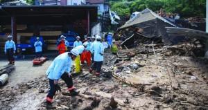 فيضانات اليابان تودي بحياة العشرات.. وسط عمليات إنقاذ صعبة للمفقودين