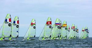 فريق عُمان للإبحار لقوارب 49 يقدم مستويات أداء عالية في منافسات البطولة الأوروبية