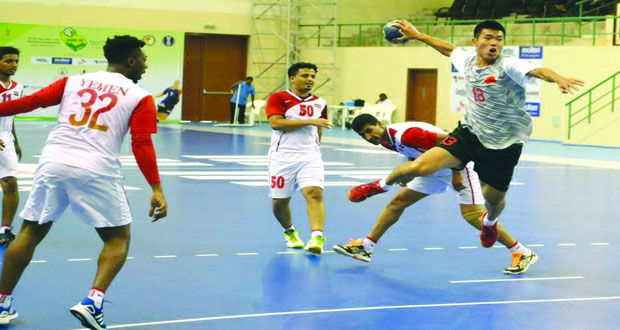 تواصل الإثارة في منافسات البطولة الآسيوية السادسة عشرة للشباب لكرة اليد