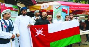 فريق رحلة عمان أرض السلام يواصل التعريف بالسلطنة في الدول الأوروبية