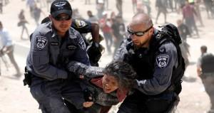 إصرار فلسطيني على الاستمرار في دفع رواتب (الأسر)