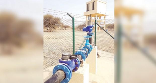 تنفيذ مشروع إمداد أفلاج مدحاء بمسندم