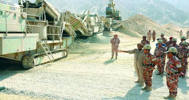 افتتاح مصنع الأسفلت التابع لهندسة قوات السلطان المسلحة