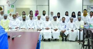 اختتام النسخة الثانية من حلقة عمل السلامة الحيوية بجامعة السلطان قابوس
