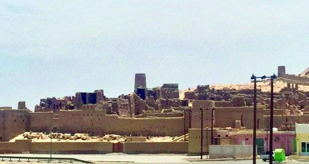 بلدة السليف بوابة عبري التاريخية ثراء الطبيعة وزهو المنجزات