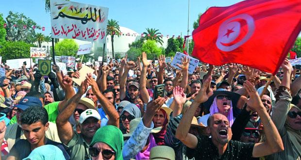 احتجاجات في تونس ضد إصلاحات اجتماعية تشمل الميراث والحريات