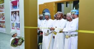افتتاح المعرض المشترك لمجلسي الدولة والشورى في مهرجان صلالة السياحي