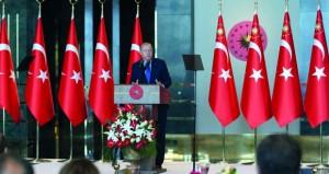 تركيا تقول إن اقتصادها قوي.. وتتهم أميركا بـ(طعن) شريك استراتيجي في الظهر
