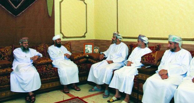 قائد بعثة الحج العسكرية يلتقي رئيس بعثة الحج العمانية في مكة المكرمة