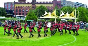 موسيقى الجيش السلطاني العماني تحقق المركز الأول على مستوى العالم في ختام المسابقات العالمية للقرب والطبول بإسكتلندا