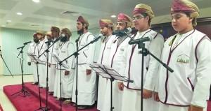 الملتقى الشعري الأول للمبتعثين يقدم نتاجات الشباب العماني في صور إبداعية متعددة