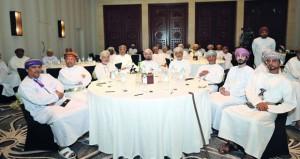 حلقة عمل تناقش مشروعات البرنامج الاستراتيجي والتراث الثقافي العماني في ظفار