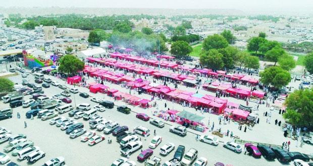 حركة نشطة تشهدها الأسواق مع قرب حول عيد الأضحى المبارك