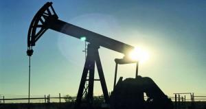 الخام العماني يتراجع بمقدار 61 سنتًا والأسعار العالمية تهبط مع زيادة إمدادات أميركا