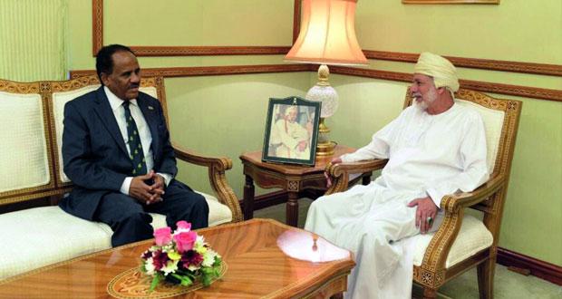 الوزير المسؤول عن الشؤون الخارجية يستقبل السفير الإثيوبي