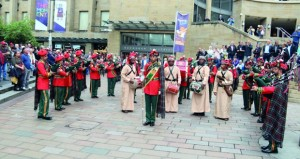 موسيقى الجيش السلطاني العماني تحيي حفلا ترفيهيا باسكتلندا