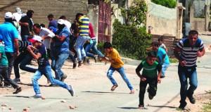 الاحتلال يفتح النار في غزة وينفذ مناورات عسكرية بجنين
