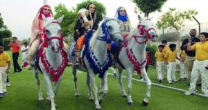 النادي العماني للكريكيت يقيم احتفالية رائعة لاستقبال كأس العالم للكريكيت