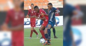 دوري عُمانتل : نادي مسقط ينتصر على الرستاق في مباراة مثيرة بثلاثة أهداف مقابل هدفين