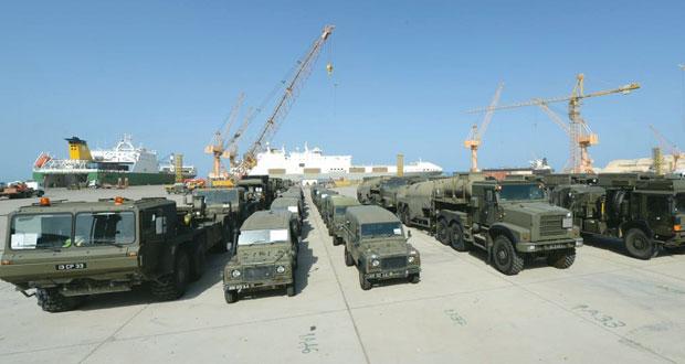 دفعة جديدة من الآليات العسكرية البريطانية للمشاركة بـ (السيف السريع3)