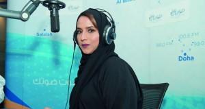 """أصيلة المعمرية تشارك في اختيار الفائز في مسابقة """" عبّر"""" على صوت الخليج"""