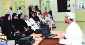 فعالية تناقش دور الصيدلي في الاستخدام الآمن والفعال للمستحضرات العلاجية