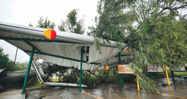 الإعصار فلورنس يضرب نورث وساوث كارولينا