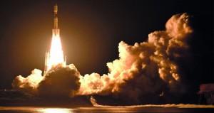 مركبة إمداد يابانية تنطلق بنجاح إلى محطة الفضاء الدولية