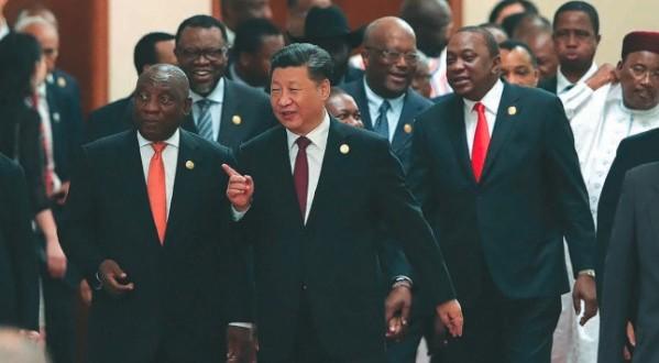 إفريقيا تنعم بالحرير الصيني