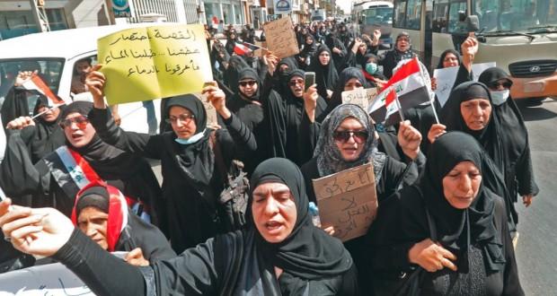 احتجاجات البصرة تستعر.. حظر للتجول وجلسة برلمانية استثنائية
