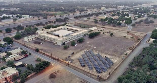 """""""شل"""" تعزز جهودها بمجال الطاقة الشمسية بجنوب الباطنة"""