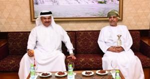 الأمين العام لمجلس التعاون الخليجي يصل السلطنة